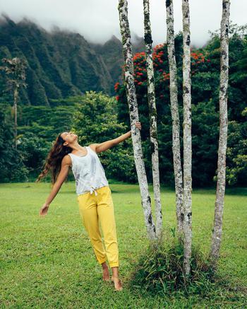 tiktok  creator Mahna G being photographed