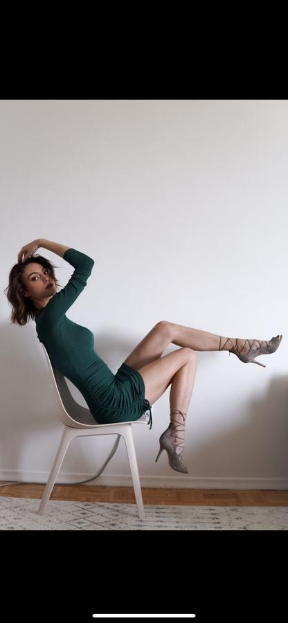 creator Julia Marinescu being photographed