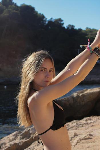 tiktok  creator Blanca being photographed