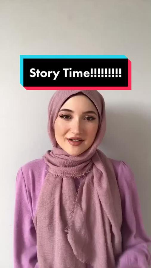 Instagram  creator Zainah being photographed