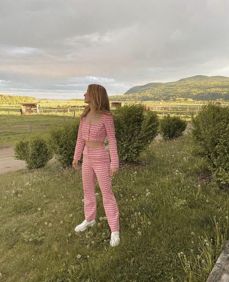 Instagram  creator Tatyana Sophia being photographed