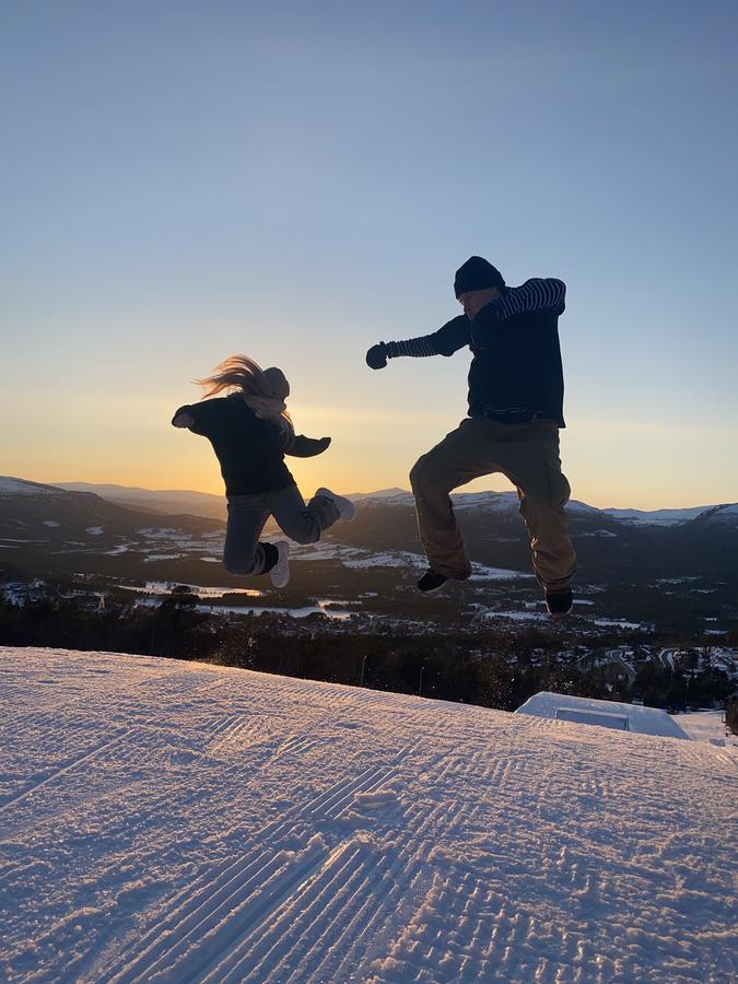 Instagram  creator Vilde Sofie Martinsen being photographed