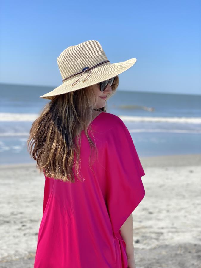 travel creator Ava Roxanne Stritt @Spatravelgal  being photographed
