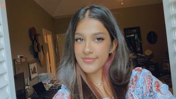 Photo of Raina