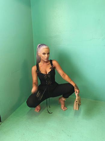 music & dance creator Brooke Lammiman  being photographed
