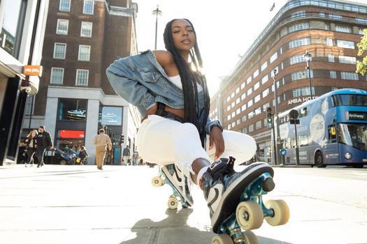 music & dance creator Ayisha Alli being photographed