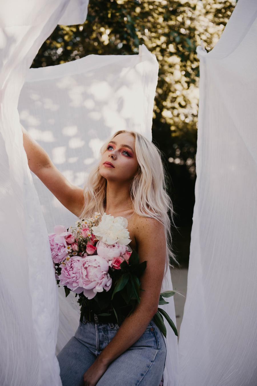 Photo of Hannah Thais