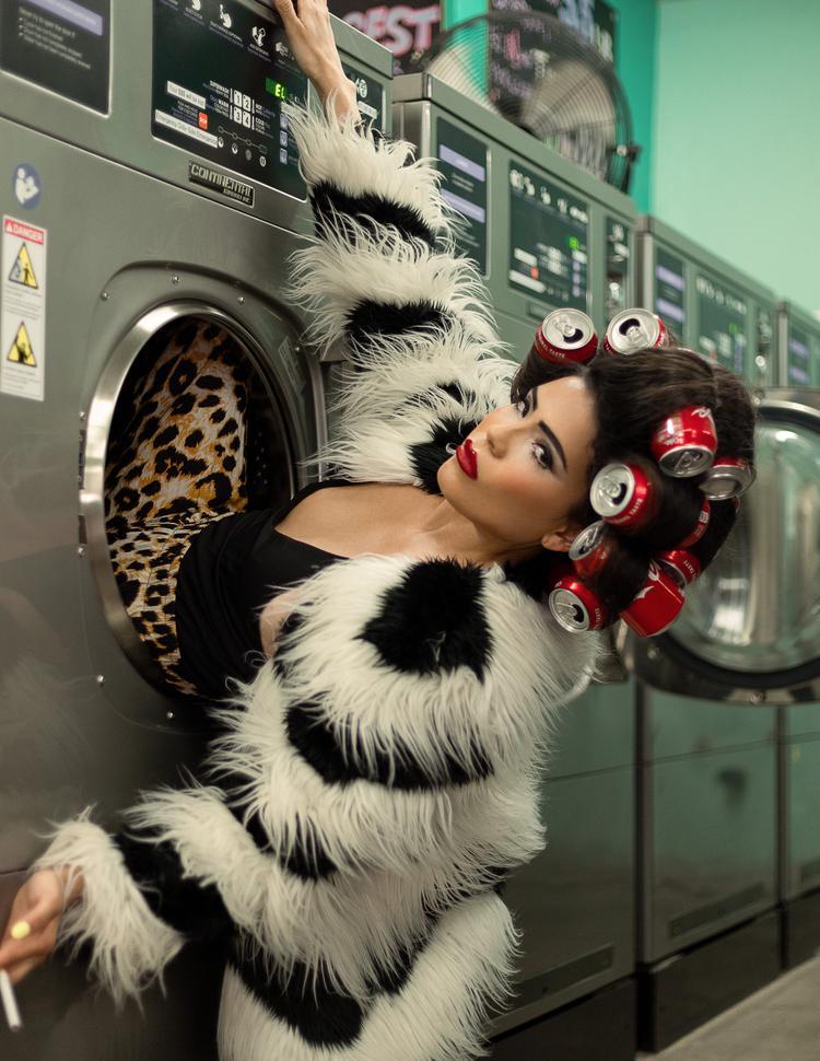 Photo of Laura Perez
