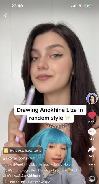 Instagram  creator Likacartoons being photographed