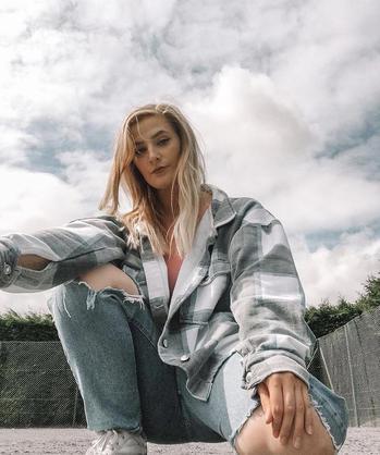 Instagram  creator Jade Willcocks being photographed