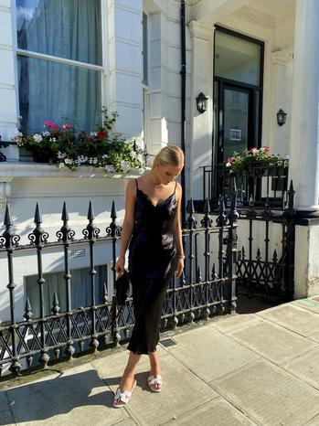 instagram  creator Harriet Brooks Francis being photographed
