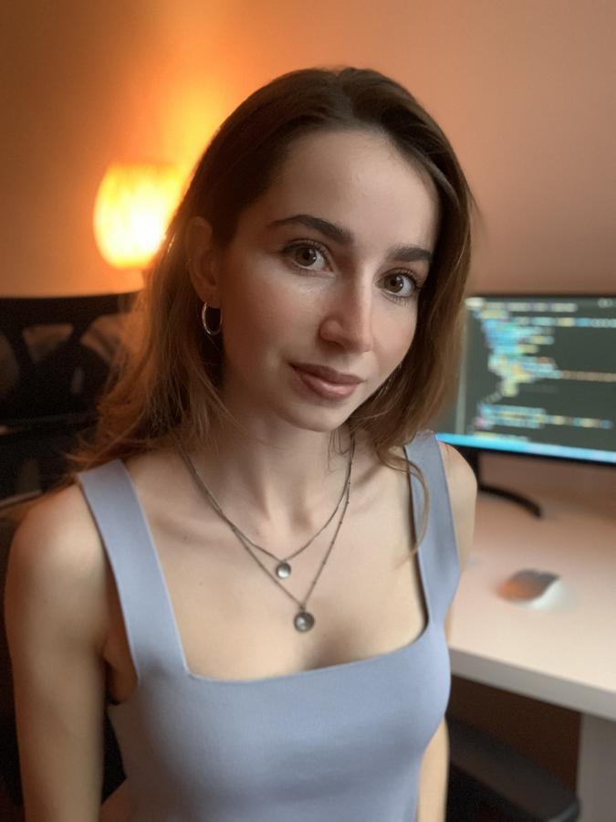 Photo of Carmen Santos