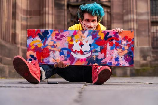 TikTok  creator Bruno Bosse being photographed